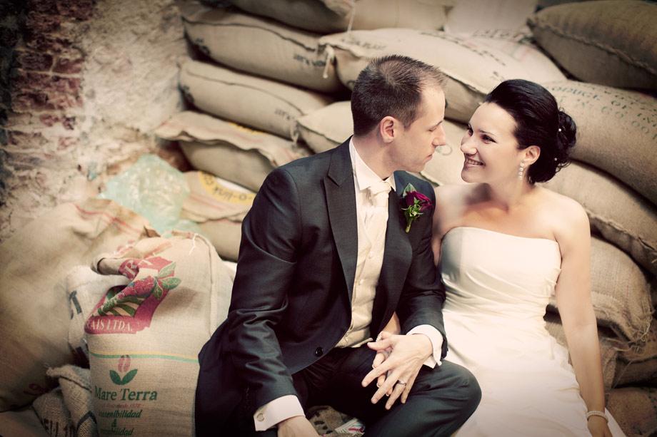 Tiina och Kalles bröllop i Lundby gamla kyrka