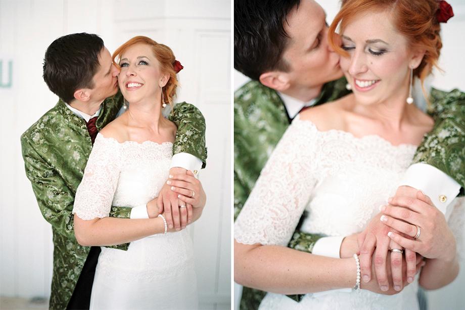 Bröllop på Stora Holm en vacker dag i april